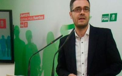 Sicilia acusa a la derecha salvaje de PP y Ciudadanos y a la izquierda inútil de Podemos de impedir la llegada de 350 millones de euros a Andalucía