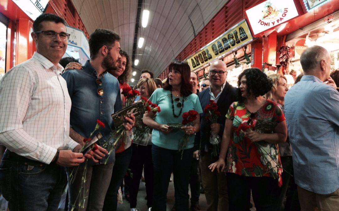 Navarro llama a vencer el desencanto y a confiar el futuro del país al proyecto del PSOE