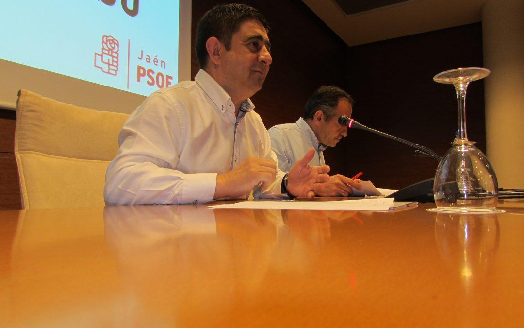 """Reyes: """"Vamos a hablar de los 4 años de recortes del PP; no de los últimos 4 meses"""""""