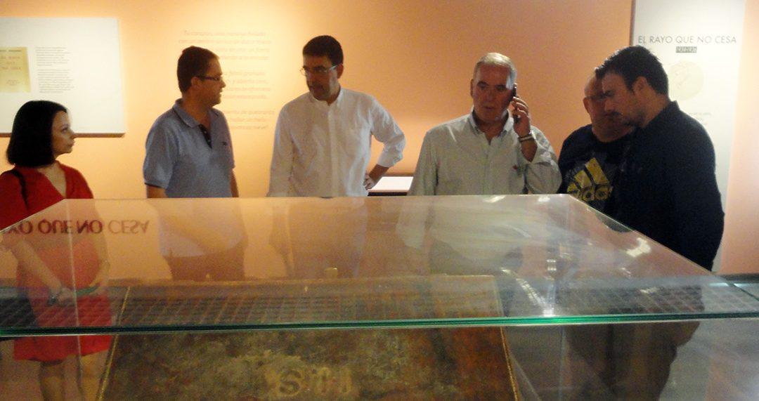 Jiménez alaba la labor de divulgación y puesta en valor de las obras de Zabaleta y el legado de Miguel Hernández en Quesada