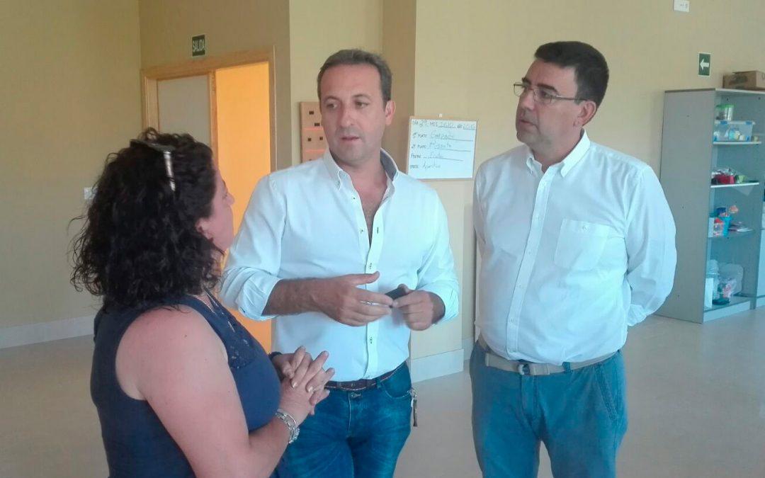 Mario Jiménez alaba la apuesta del Gobierno andaluz por la atención temprana, con ejemplos como el complejo María Mackai de Cazorla