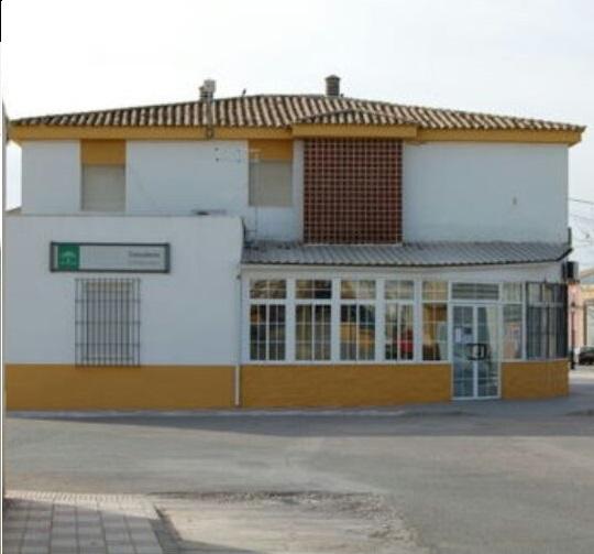 El PSOE de Torreblascopedro denuncia el derribo injustificado del antiguo edificio del consultorio médico