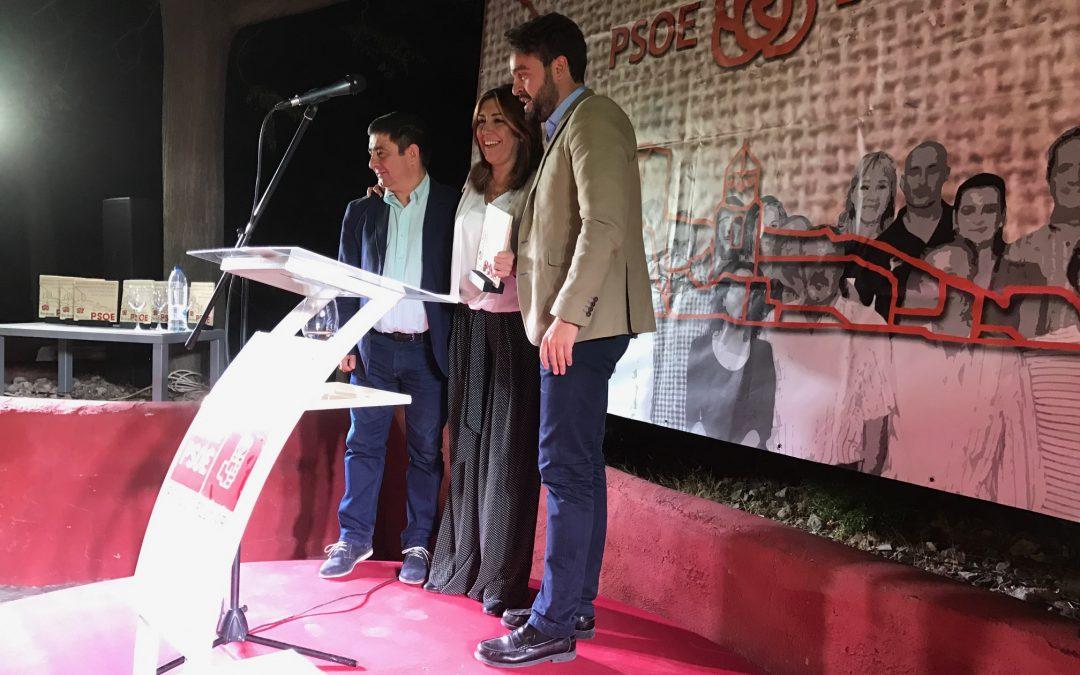 """Susana Díaz recoge el Premio Socialista 2016 del PSOE de Bedmar: """"Los ciudadanos tienen que sentir la recuperación"""""""