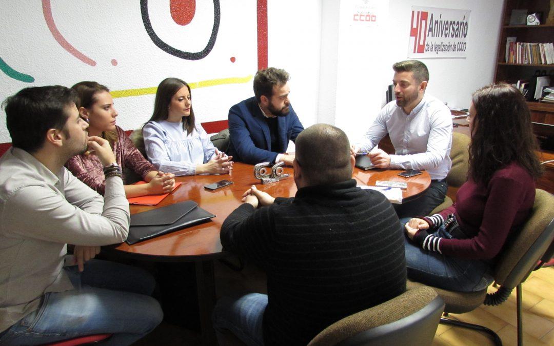 CCOO y Juventudes Socialistas se reúnen para analizar la situación del empleo y los jóvenes en la provincia