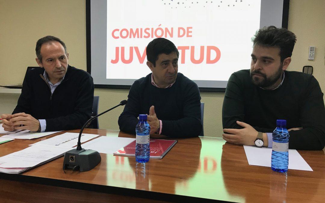 Juventudes Socialistas inicia dos campañas para valorar la bonificación del 99% de las matrículas universitarias en Andalucía y denunciar la falta de inversión del Gobierno de España
