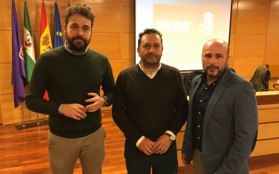 El PSOE y Juventudes Socialistas hacen un llamamiento a los jóvenes para utilizar los recursos de las administraciones para emprender