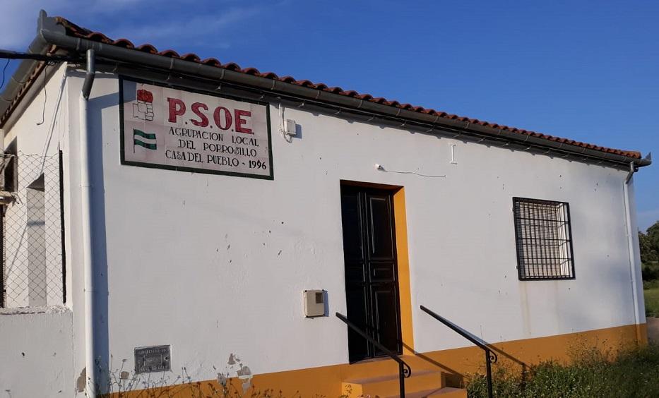 La Casa del Pueblo de El Porrosillo acoge cursos de la Asociación Cultural de Mujeres