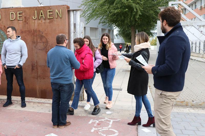 Barranco, en la UJA: «Nos jugamos seguir manteniendo un gobierno que ha apostado por la Universidad desde el principio»