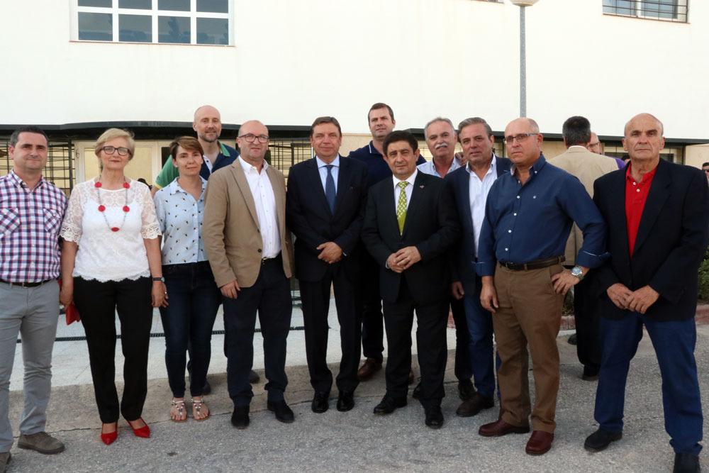 Luis Planas apoya a los dos candidatos socialistas en Villatorres y Torredonjimeno