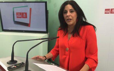 Ángeles Férriz pregunta a la Junta «cuántos trabajadores públicos de la provincia de Jaén va a echar a la calle»