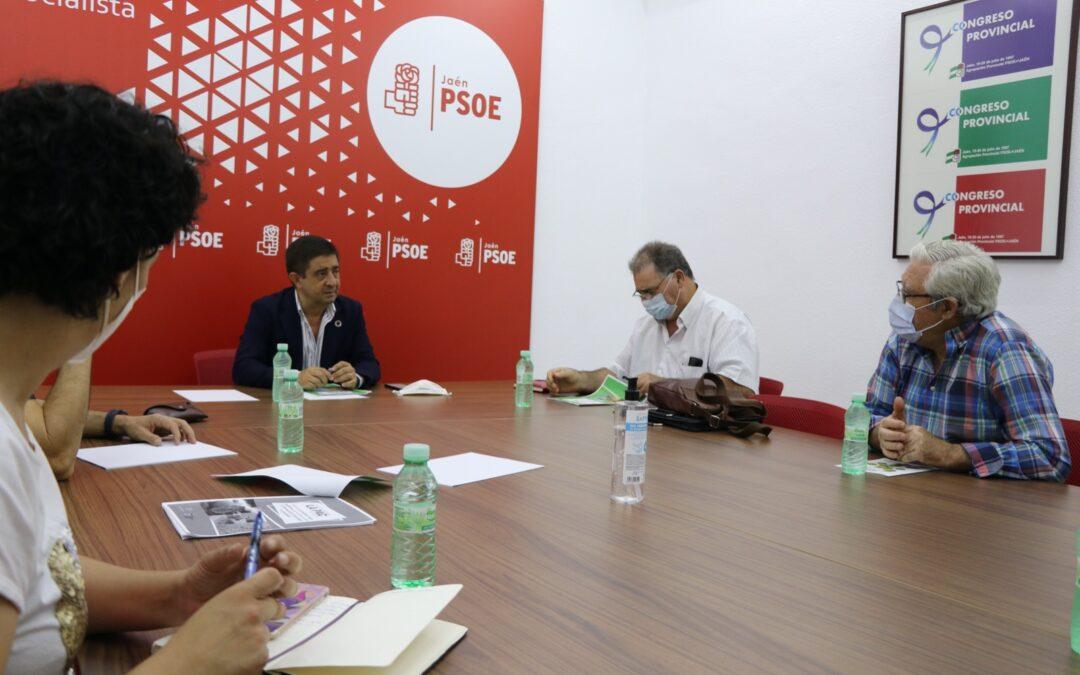 El PSOE aborda propuestas para la reforma de la PAC con la Federación de Caza de Jaén
