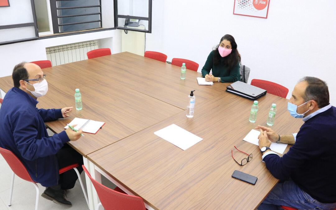 Sigue el desastre educativo de la Junta: el PSOE preguntará en el Parlamento por los comedores y FAMPA Los Olivos denuncia que no se cubren las bajas del profesorado