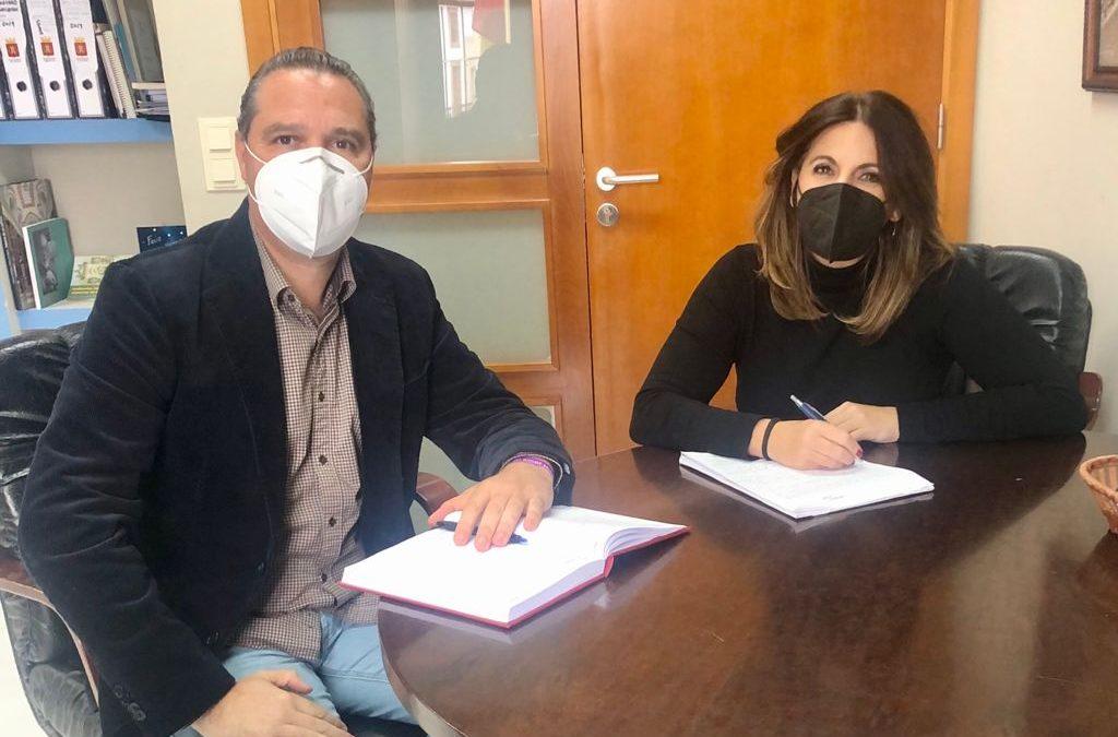El PSOE pregunta a la Junta en qué situación están la depuradora de Castellar y el estudio de circunvalación