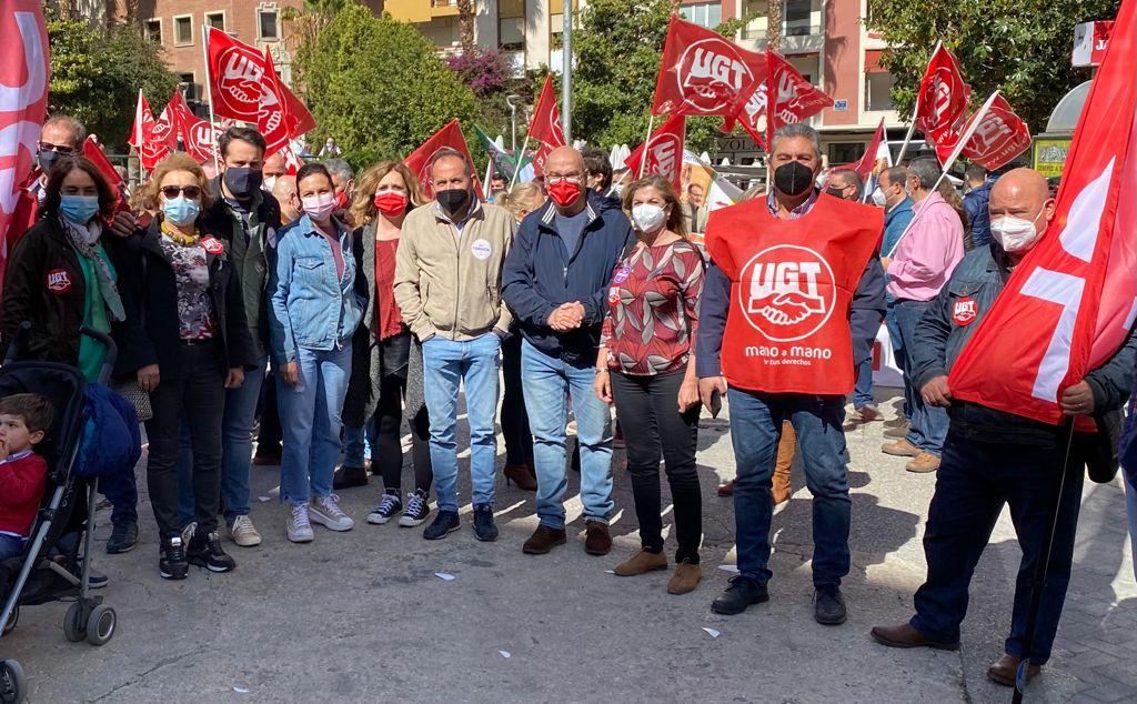 El PSOE secunda la manifestación del 1 de Mayo en defensa de los trabajadores y la mejora de sus condiciones y derechos