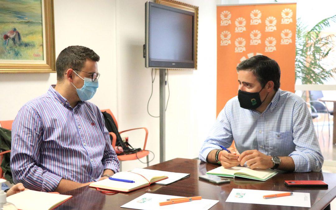 JSA-Jaén presenta a UPA su Plan Andaluz de Rescate a la Juventud, que cuenta con un paquete especial en materia agraria