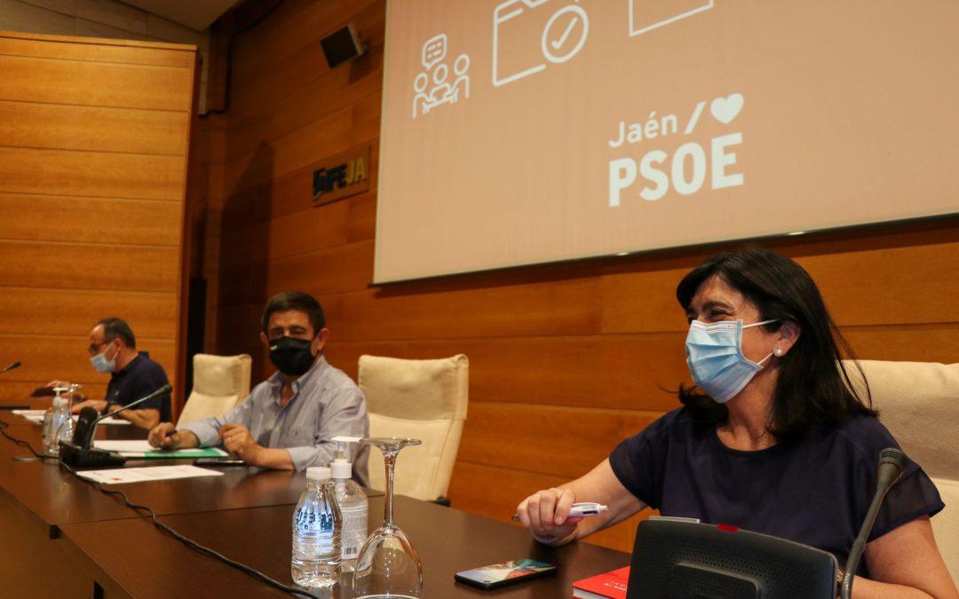 Reyes insta a la Junta a cumplir con sus obligaciones y centrarse en la recuperación social y económica