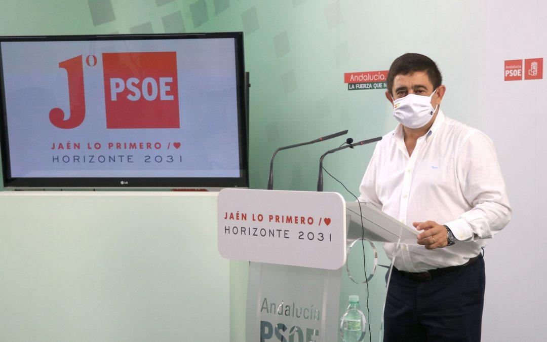"""Reyes afirma que """"Andalucía no se merece esta Junta"""" y reitera el ofrecimiento del PSOE para dar """"un volantazo"""" a la gestión y un """"giro social"""""""