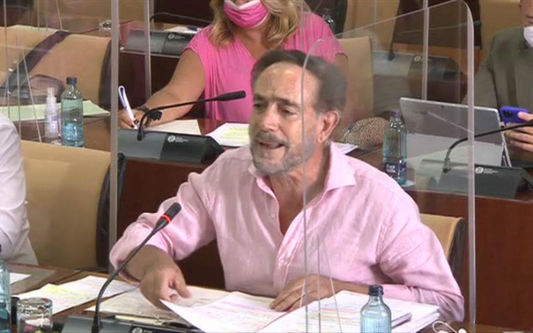 """El PSOE denuncia que la Junta está """"en las antípodas"""" de trabajar por la industria: presenta un plan en el que dice que no asume ningún compromiso económico"""
